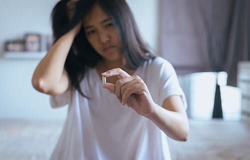 young woman in need of benzodiazepine addiction rehab